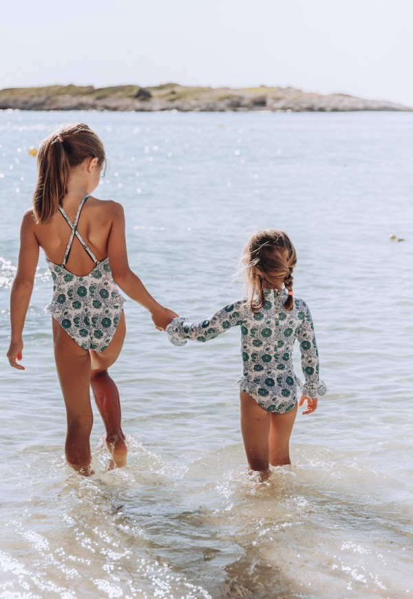 One piece girl swimsuit with floral print